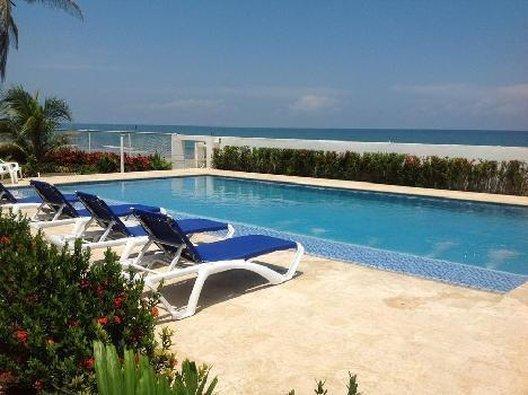 Hotel Emblema Playa Manzanillo
