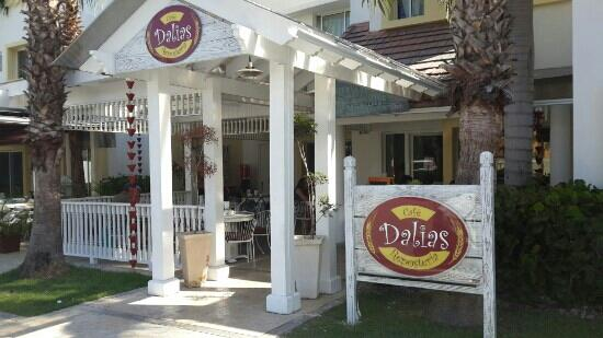 ‪Dalia's Cafe & Bakery‬