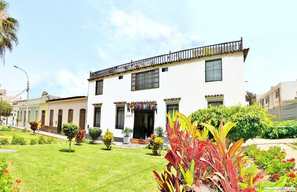 Hotel Faroles de Ancon