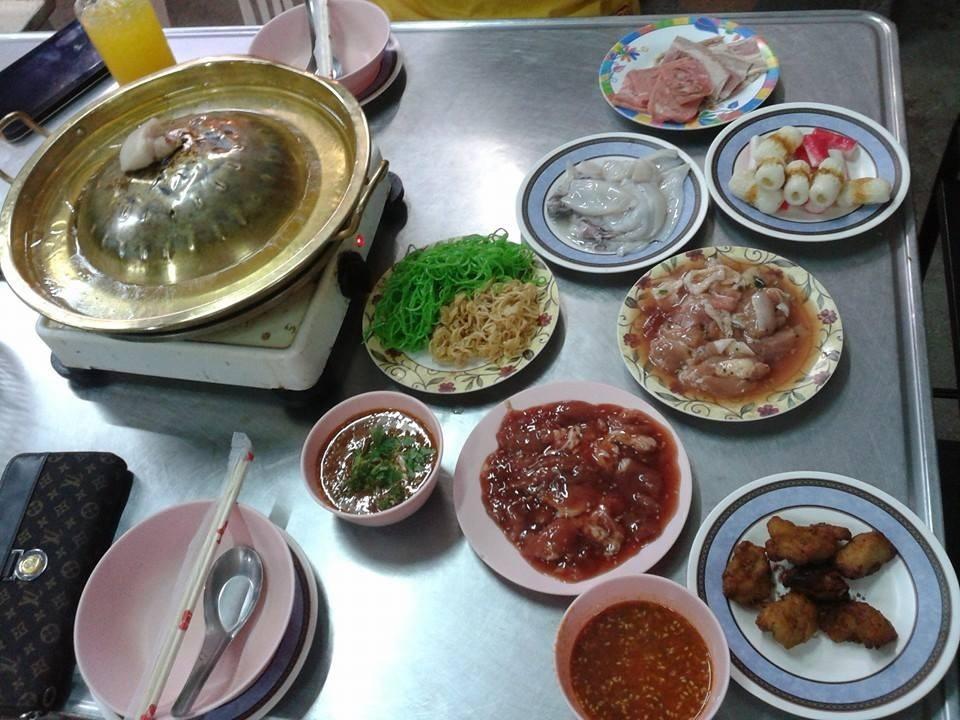 Jay ju 39 s suki buffet ayutthaya restaurant reviews for Ayutthaya thai cuisine