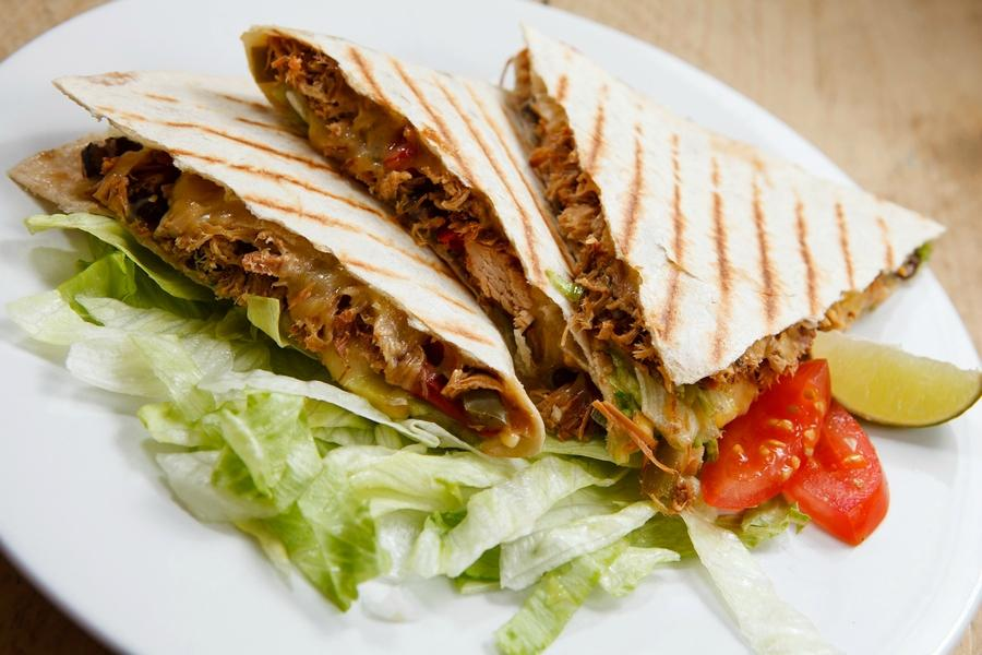 Burrito cafe london 10 caledonian rd restaurant for Azeri cuisine caledonian road
