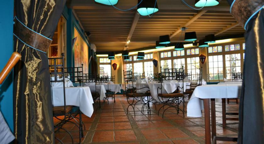 La Tablee Medievale Civrieux D 39 Azergues 40 Route De Lyon Restaurant Avis Num Ro De