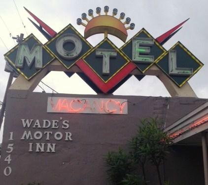 Wade's Motor Inn