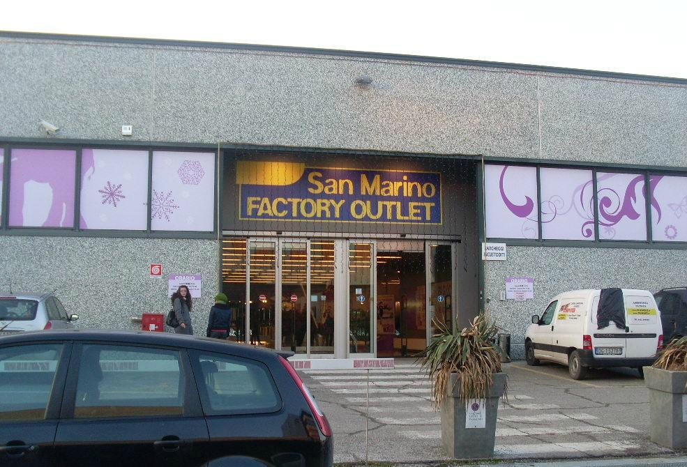 San Marino Factory Outlet (Serravalle) - All You Need to Know ...