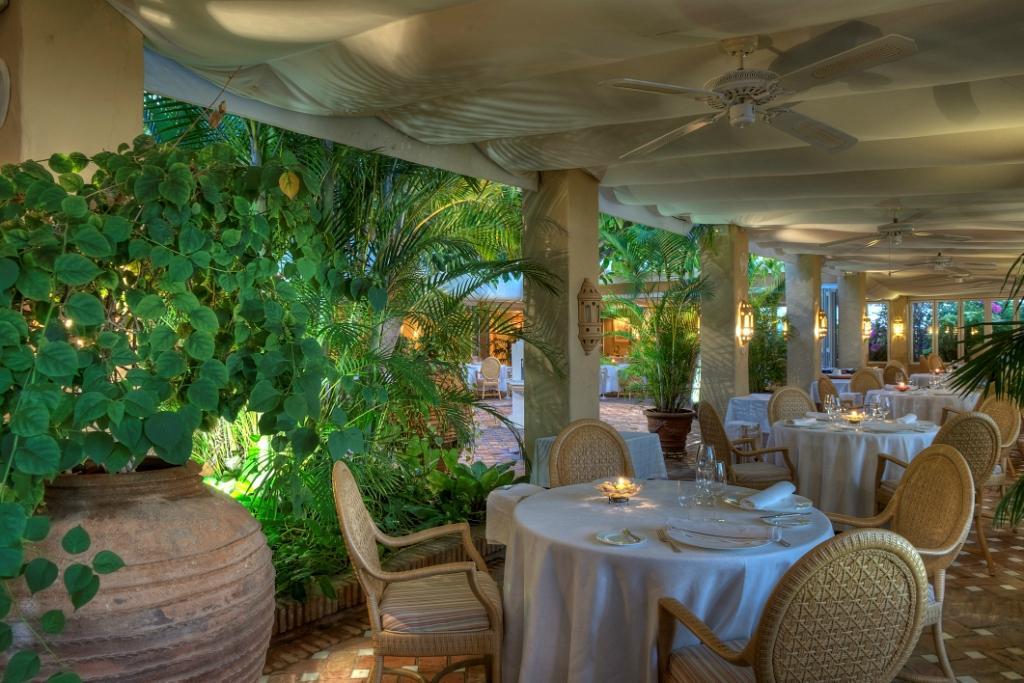 El patio costa adeje hotel jardin tropical restaurant for Cafe el jardin madrid