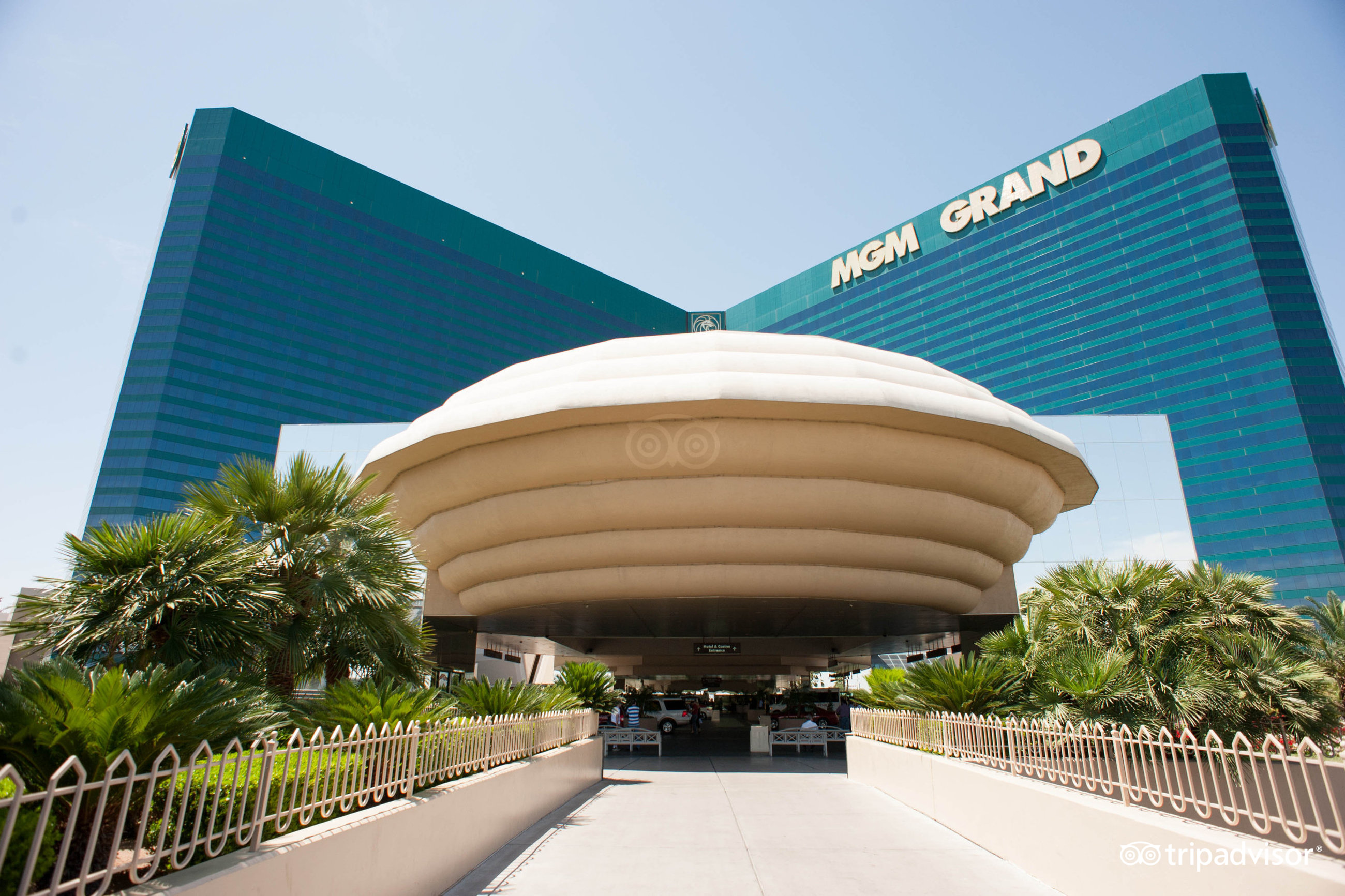 Mgm grand casino review station casinos rewards
