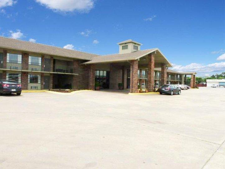 Americas Best Value Inn Roland