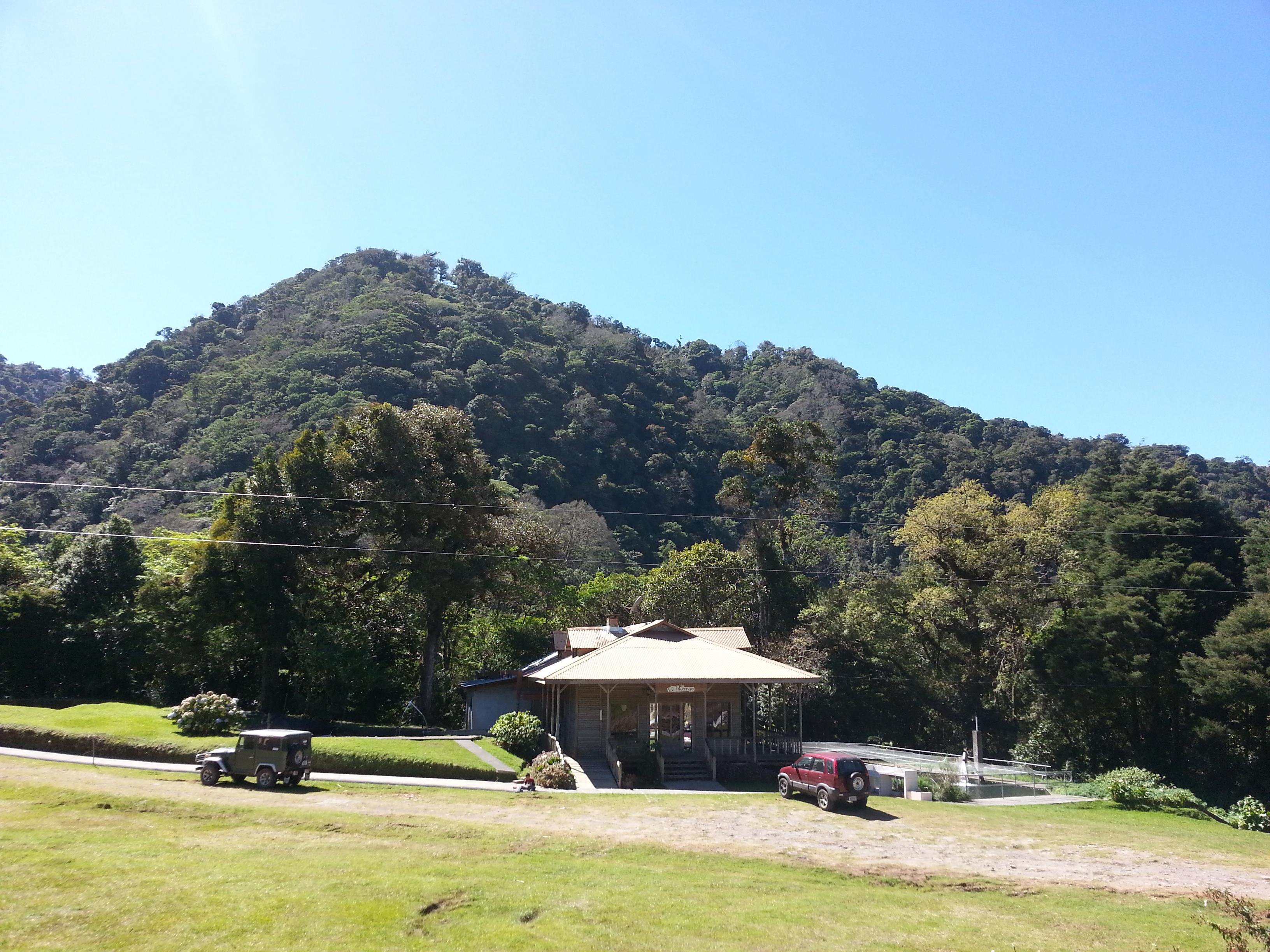 Albergue Ecologico Monterreal