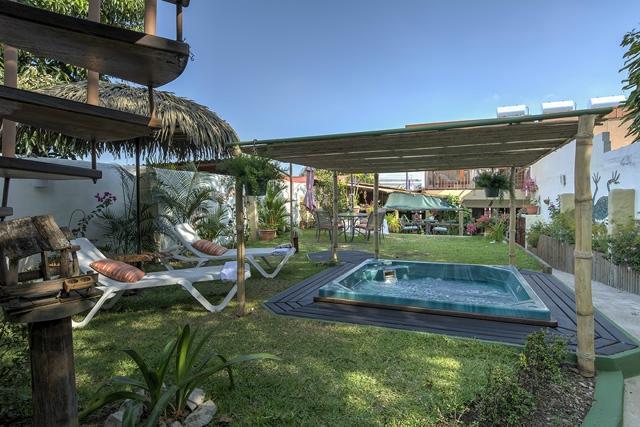 Hotel Casa Alegre / Posada Nena