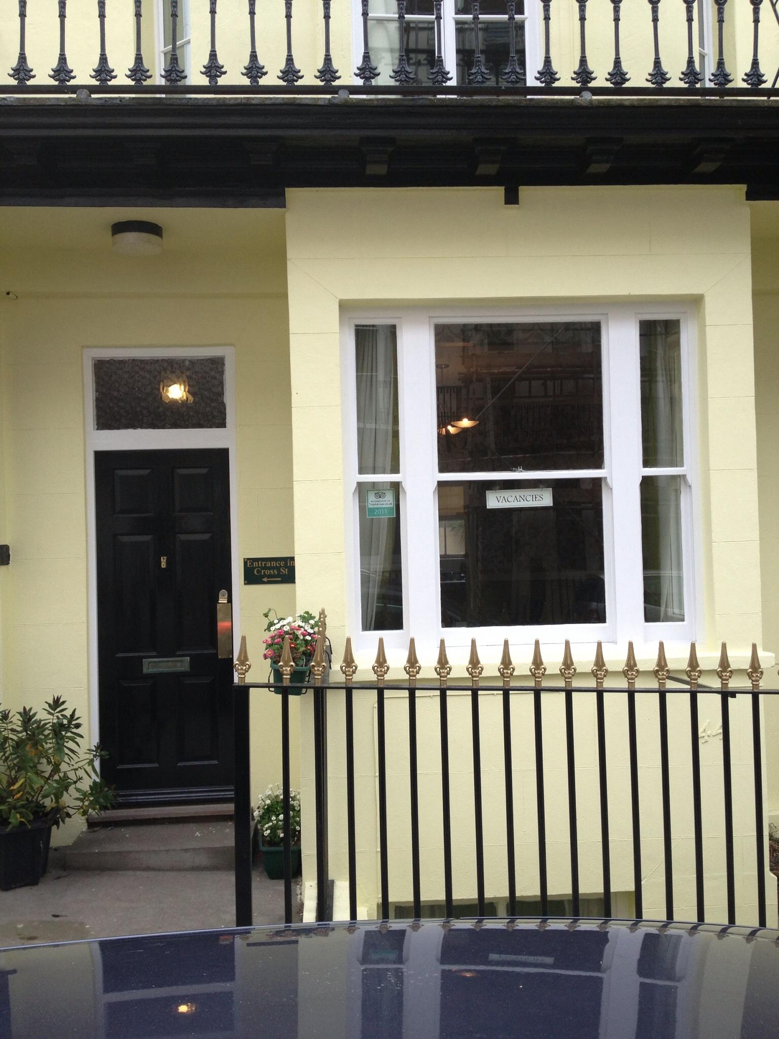 Cross Street Guesthouse