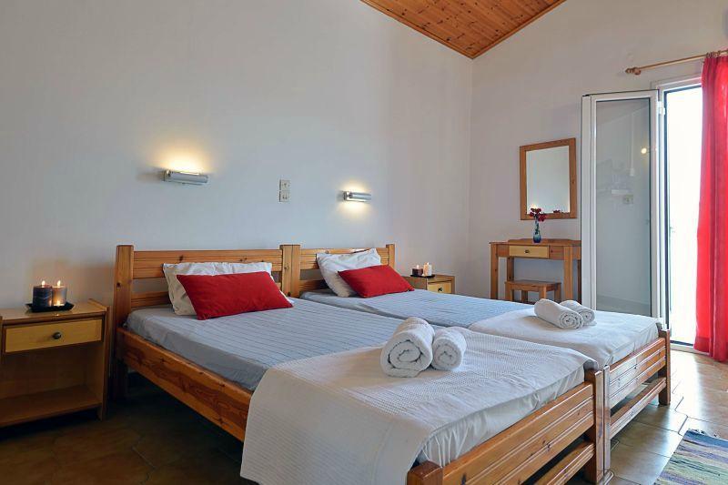 Matina Villa & Apartments