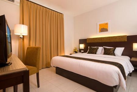 C One Hotel Plaza