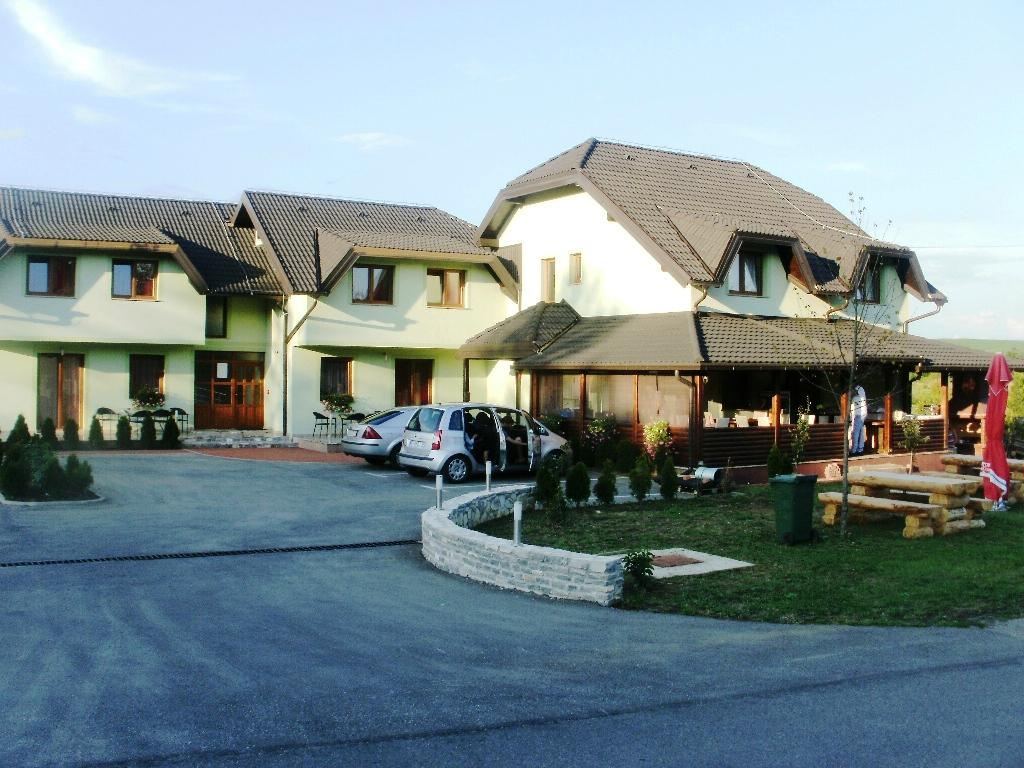 Grabovac Croatia  city photos : Vila Cancar Grabovac, Croatia : See 32 Reviews and 34 Photos ...