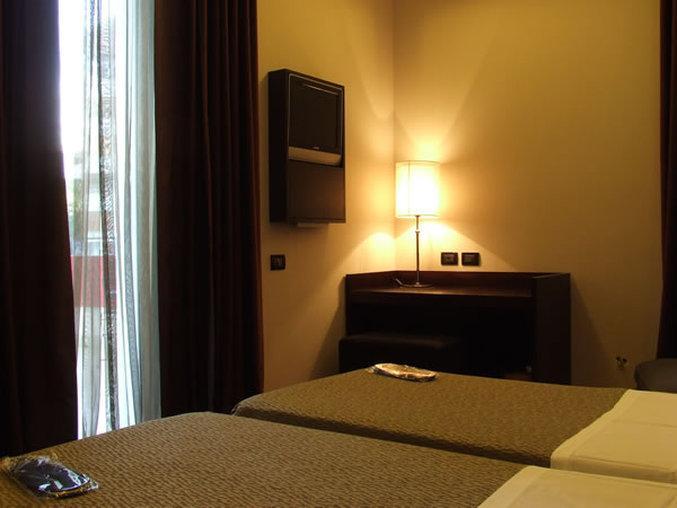 ホテル レ・ディ・ローマ