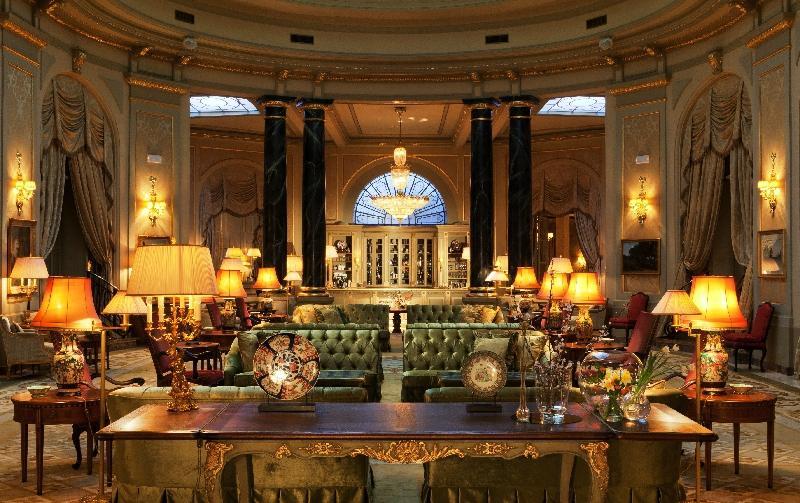 โรงแรมเอล พาเลส