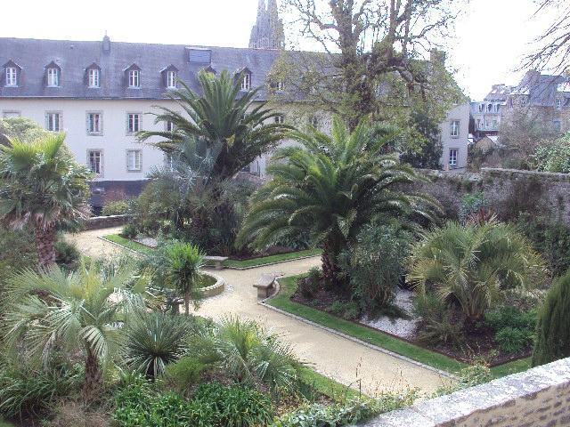 Le jardin de la retraite quimper france top tips for Le jardin de la france