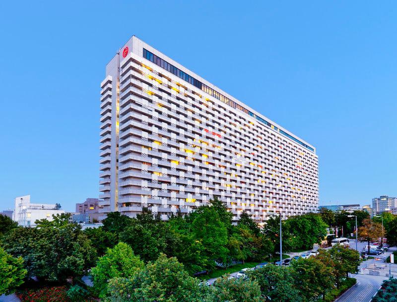 Sheraton Muenchen Arabellapark Hotel
