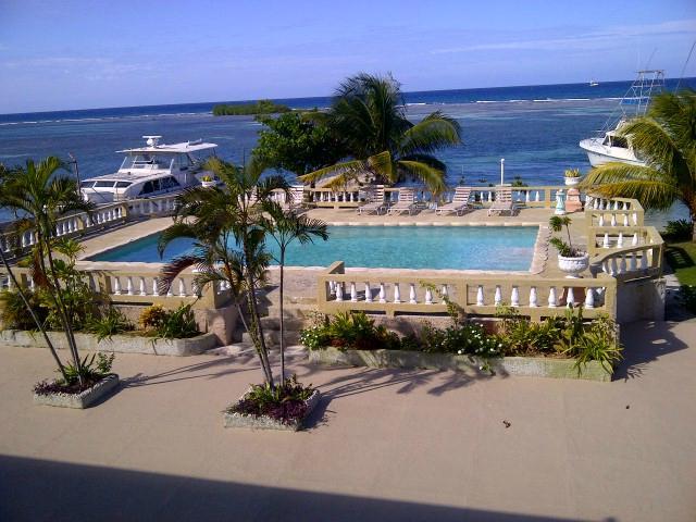 卡里波魯潛水度假酒店