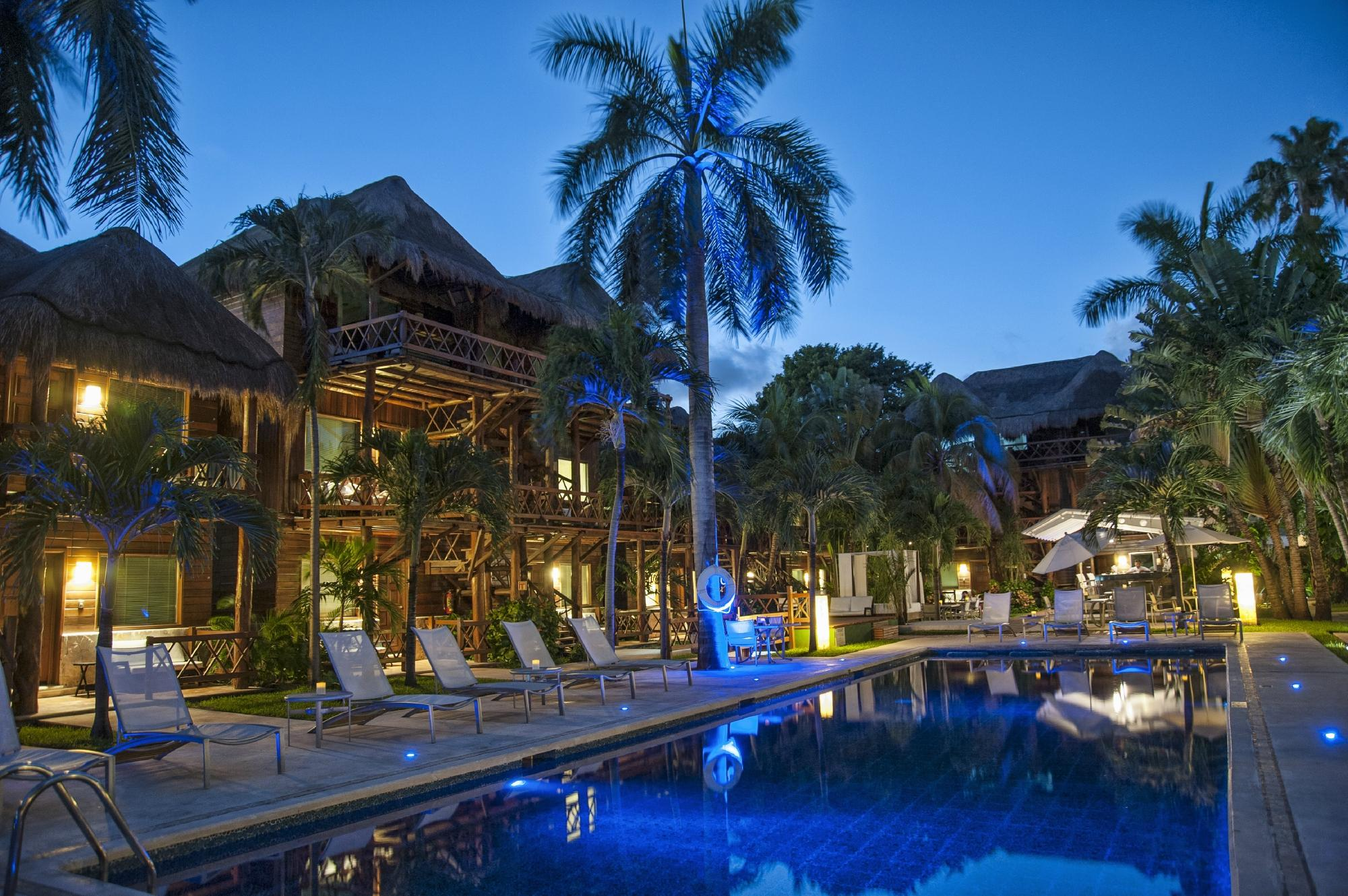 Magic Blue Hotel