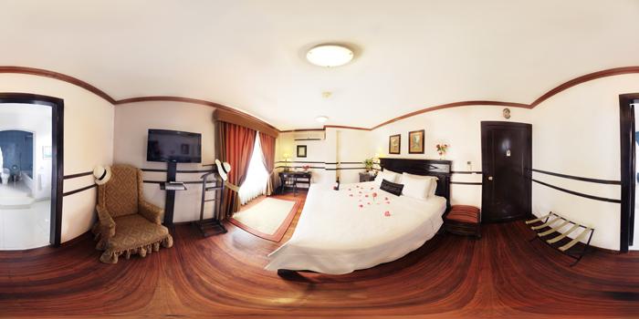 ホテル ブティック オリラ デル リオ