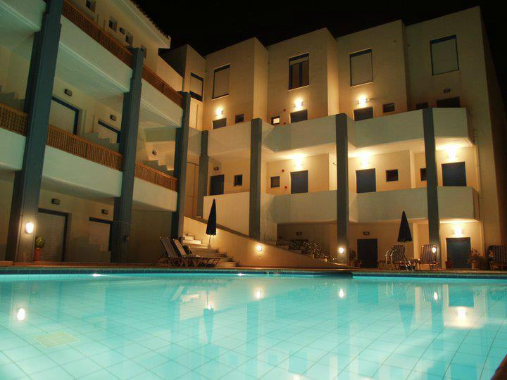 Yacinthos Hotel Apartments