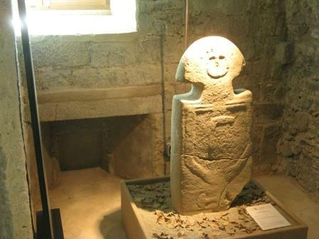 Museo Delle Statue Stele Lunigianesi