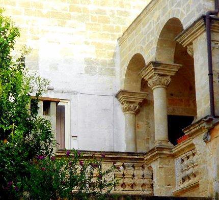 Palazzo Canonico