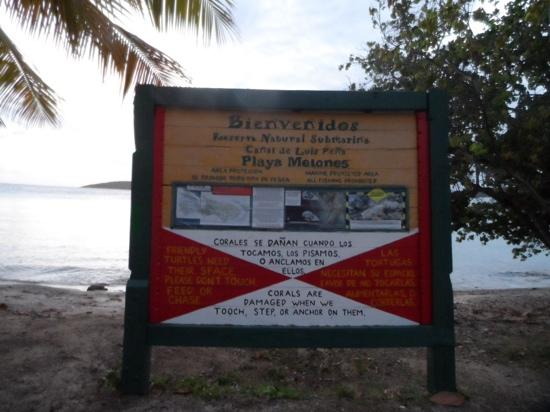 Melones Beach