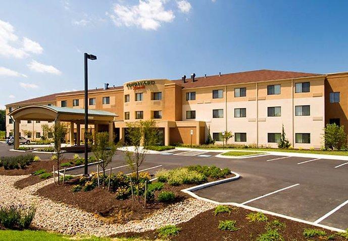 Courtyard by Marriott Harrisburg West / Mechanicsburg