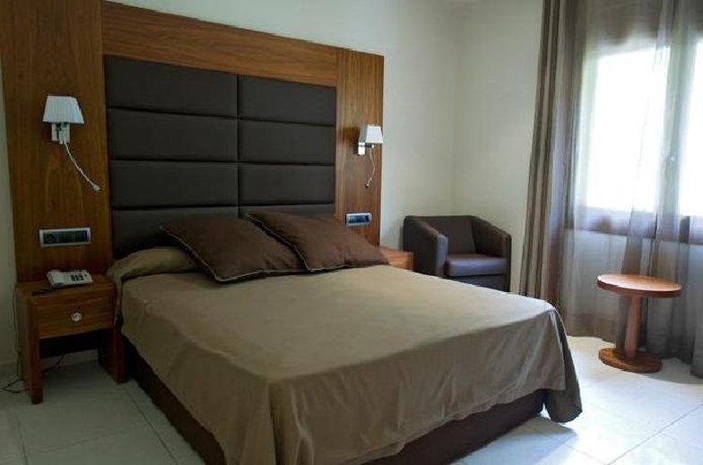 Castellarnau Hotel