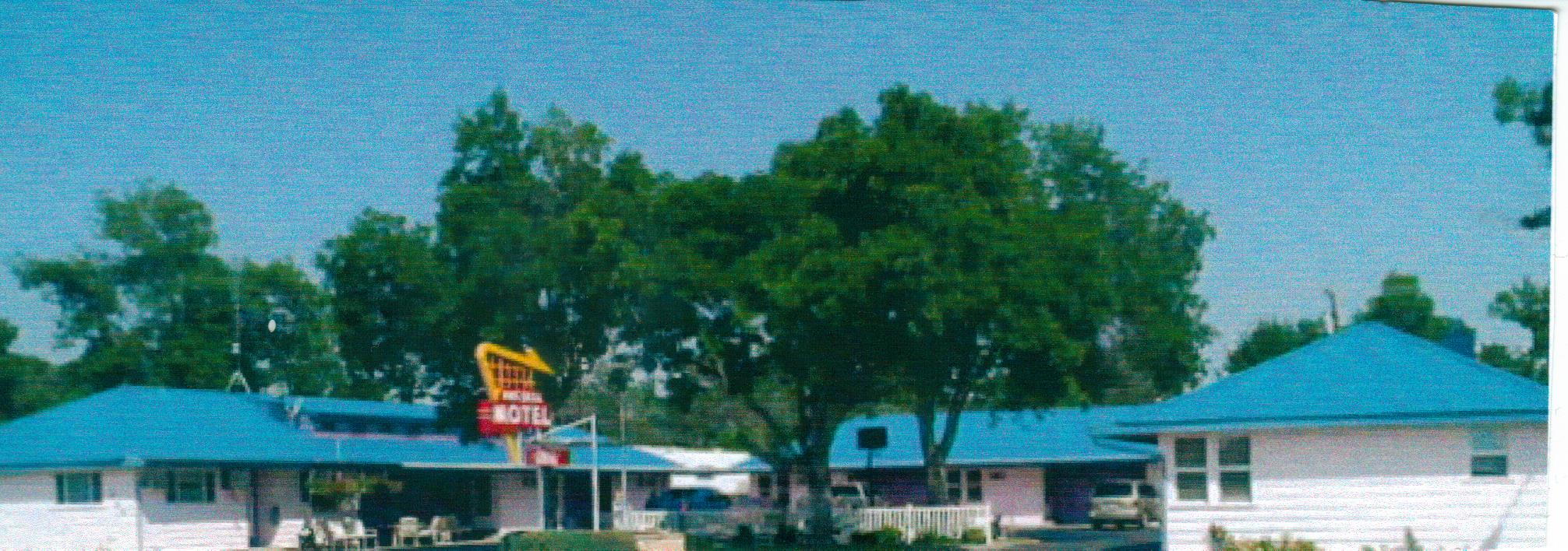Russell Motel
