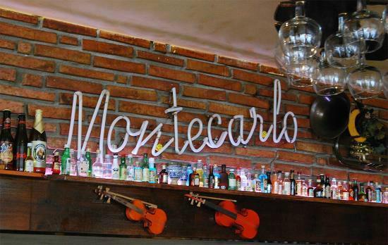 Cafe Montecarlo