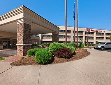 ラディソン ホテル ホルツビル マッカーサー エアポート