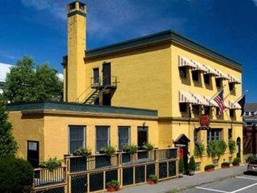 Captain Lindsey House Inn