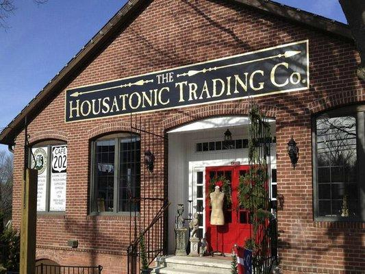‪The Housatonic Trading Co.‬