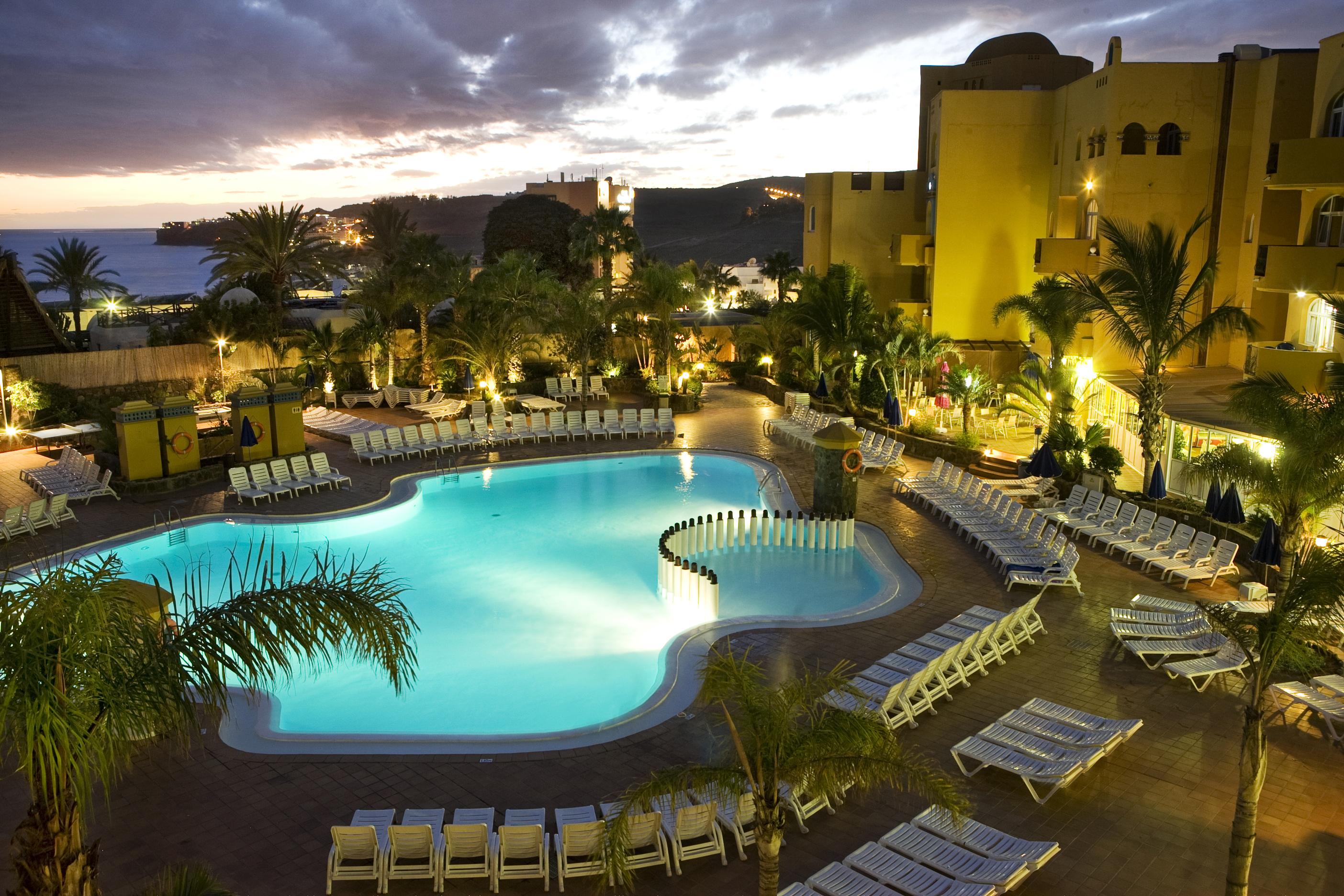 蒙費利斯酒店
