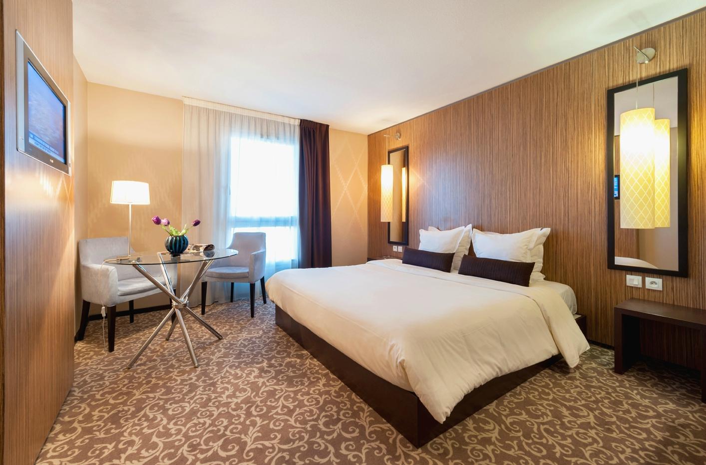 Hotel Teneo Suites