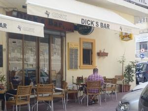Dicks Bar & Cafe