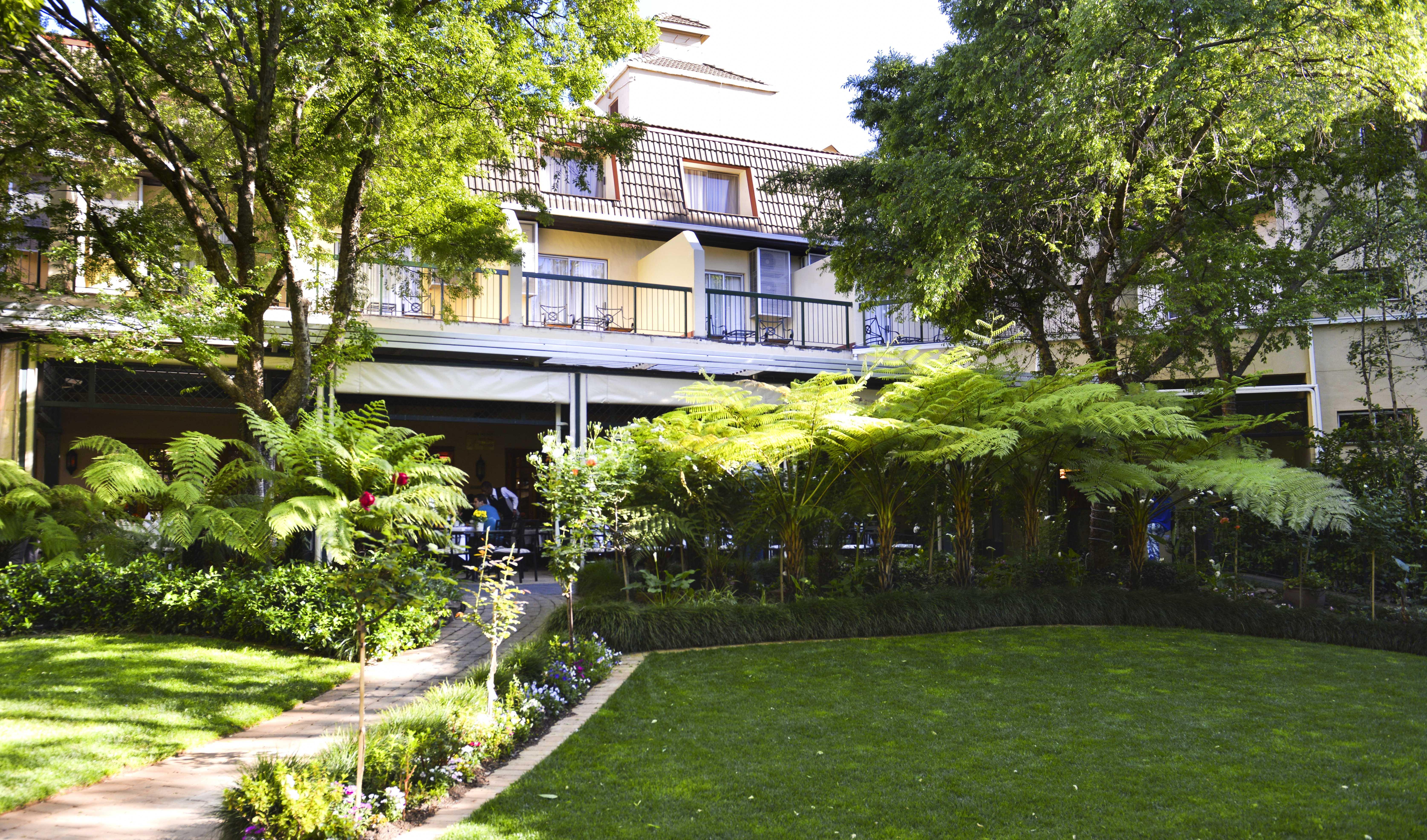 프로티 호텔 발랄라이카 샌튼
