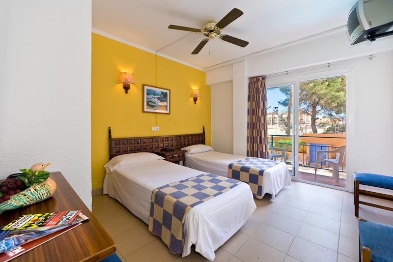 地中海海岸飯店