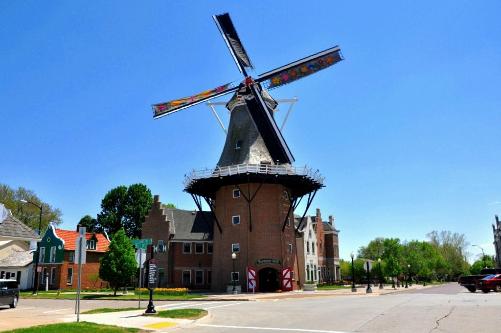 Pella Iowa A Touch Of Holland Review Of Historical Village