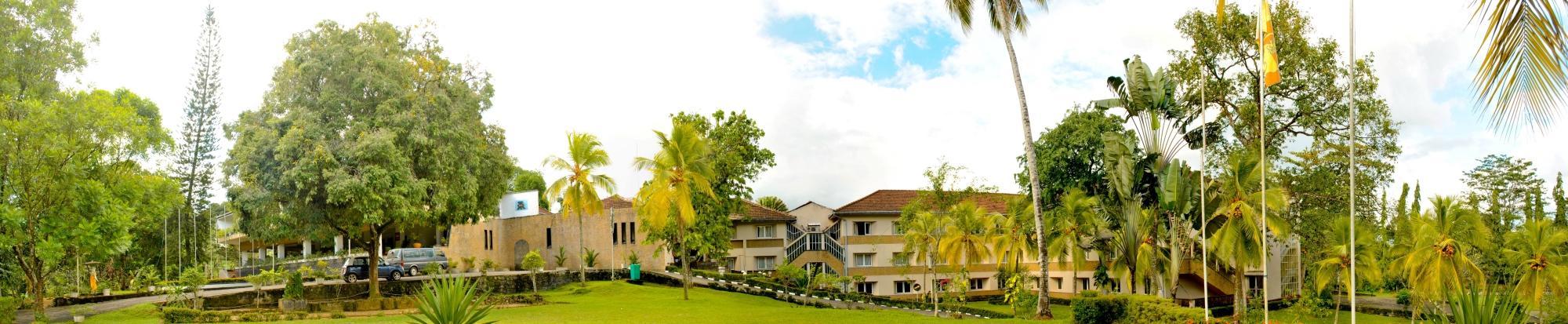 拉特那羅卡渡假旅館