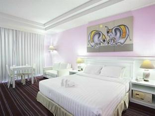 La Vie En Rose Hotel