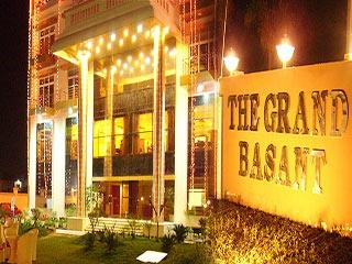 Hotel The Grand Basant