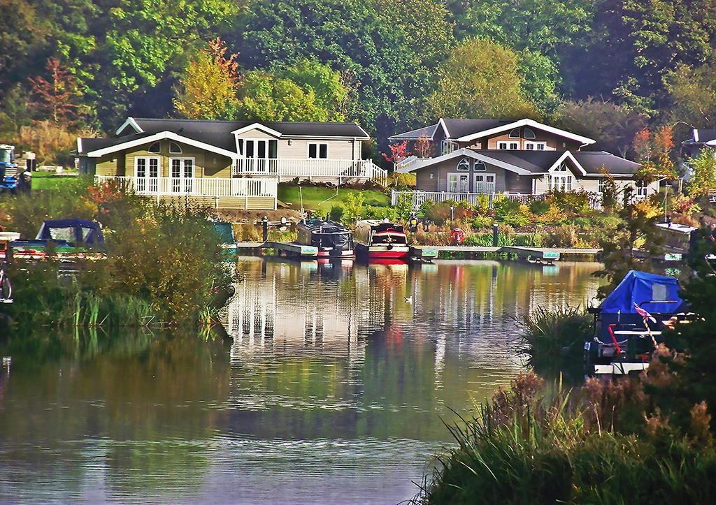Mercia Marina Lodges