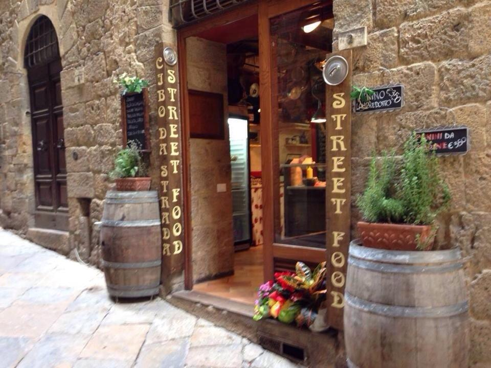 Where to eat Deli food in Volterra: The Best Restaurants and Bars