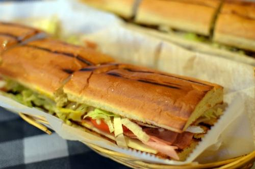 Super Submarine Sandwich Shop