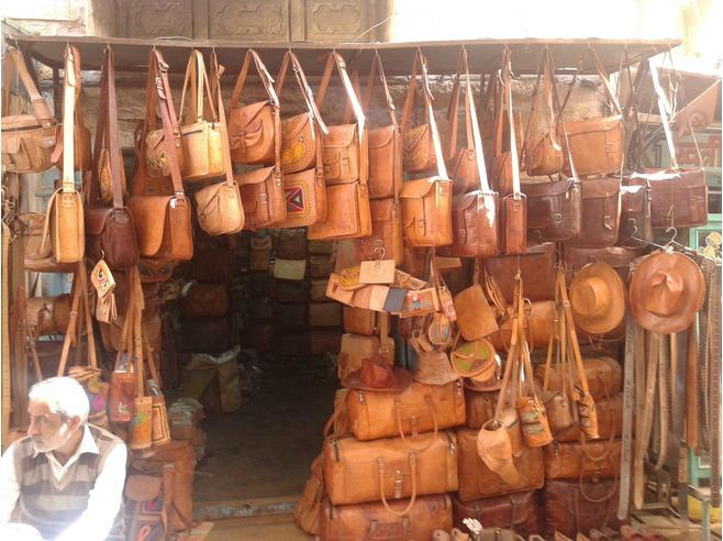 gujrat LEATHER WORK-Aih