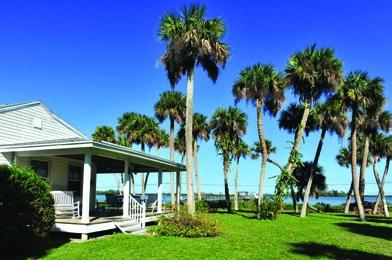 Indian River Lagoon Waterfront Cottages