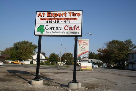 4 Corners Cafe'